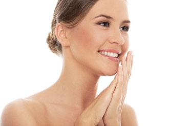 mantenere bella la pelle con la pulizia del viso salus house