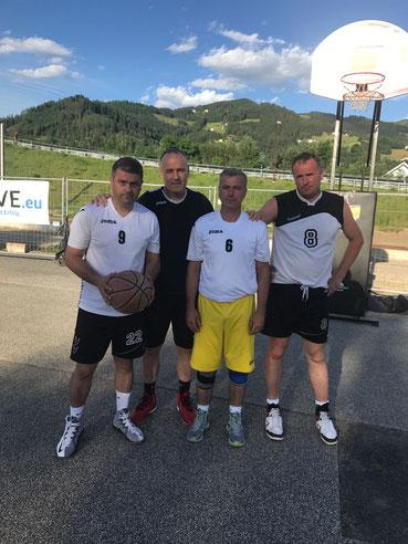 VfB-Bosna-Bulls belegten Rang 4 beim Wolfsberger-Streetball-Turnier (Juni 2017)