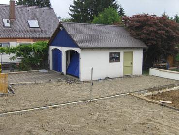 Anbau an Doppelhaus in extrem beengten Verhältnissen
