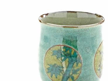 九谷焼通販 おしゃれなお湯呑 湯飲み ゆのみ茶碗 大 丸紋 松竹梅 緑塗り 裏絵