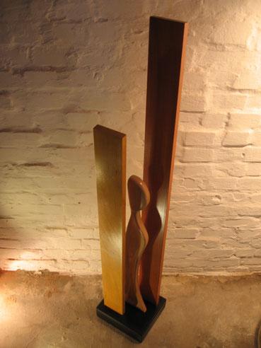 Sculpture en hêtre, pigments naturels et cire.CCL ébéniste