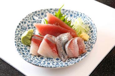 回転寿司ぎょしん、刺身小鉢