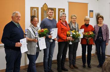 v.l.: Manfred Habenicht, Tina Heruth, Patrick Mohr, Annegrete Frömling, Ulla Hess, Inga Habenicht, Thekla Dyck (1. Vors.)