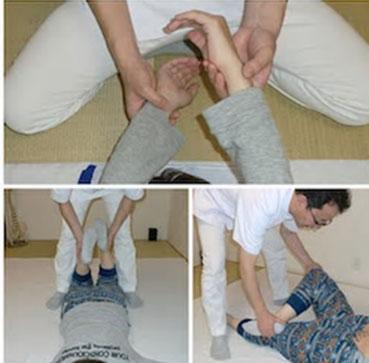 しんそう福井武生では、手足のバランスから歪みを調整し、腰痛、頭痛、不妊、座骨神経痛なども改善します。