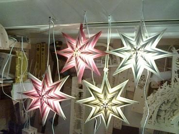 Weihnachtsstern mit Lampe