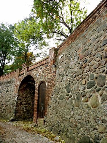 Wiekhausgrundmauern welche nicht rekonstruiert wurden
