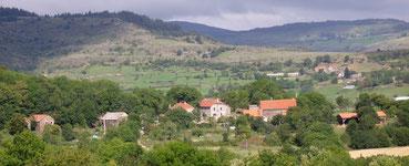 Der Weiler in Treynas