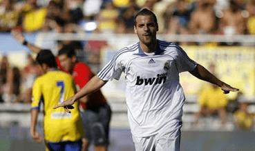 """Soldado pasó por las categorías inferiores del Real Madrid C.F. hasta que en la temporada 2002/03 ascendió al Real Madrid """"B""""."""