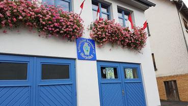 """Das Vereinsheim """"Häuschen"""" der Kerbgesellschaft Veilchenblau e.V. in der Jahnstraße"""