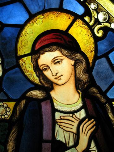 Mariendarstellung auf einem Fenster der St. John's Kirche in Washington