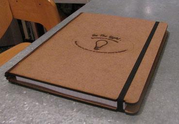 Cahier de note découpé au laser et personnalisable