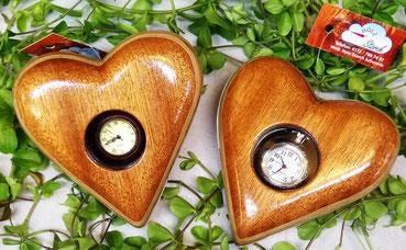 Mahagoni-Herzen mit Uhren zum öffnen