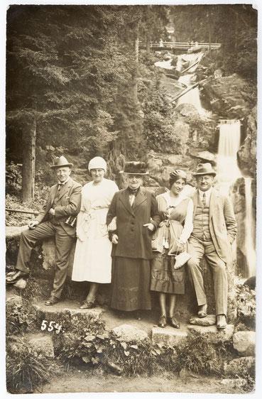 Am Triberger Wasserfall, Familienfoto vom 19.08.1920