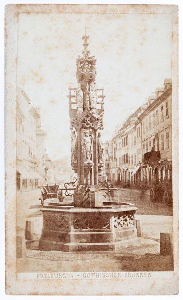 Gotischer Brunnen, historisches Foto, Freiburg um 1880
