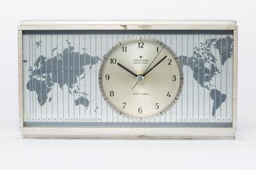 Junghans elektronic Astro-Chron, Quarzuhr im Weltzeitgehäuse 1967, Nr. 00028