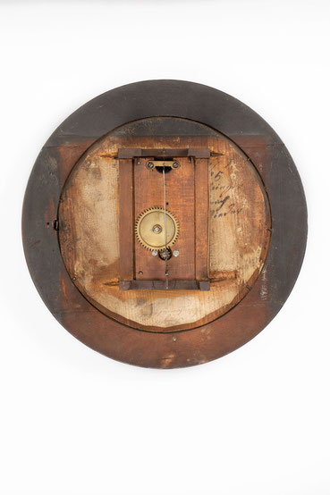 Montiertes Uhrwerk von Uhrmacher Mathias Behringer Langenordnach im Schwarzwald