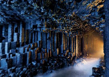 スコットランド・ヘブリディーズ諸島フィンガルの洞窟