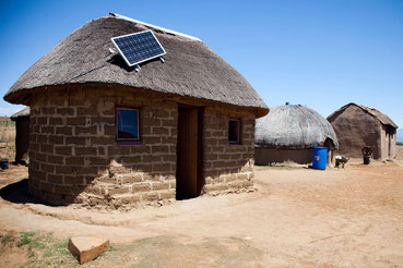 Hogares de Sudáfrica utilizando celdas solares.