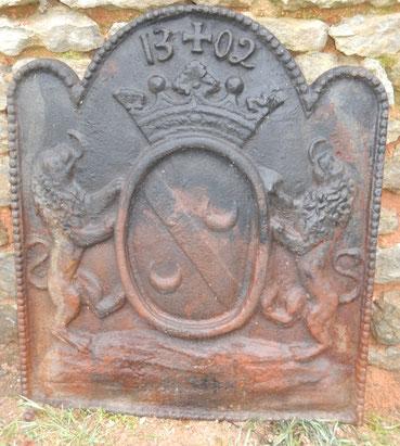 grande plaque aux lions
