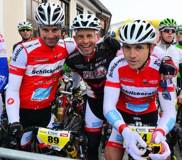 Am Start: Fritz, Peter u. Bernhard; Bild von Walter Andre - www.sportfotos-andre.at