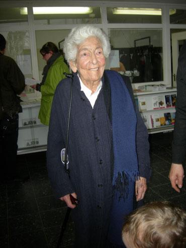 """Elsbeth Juda bei der Vernissage der Kunsthalle-Ausstellung """"Bauhaus und Neues Sehen"""", 21.April 2013 / Foto: Martin Frenzel"""