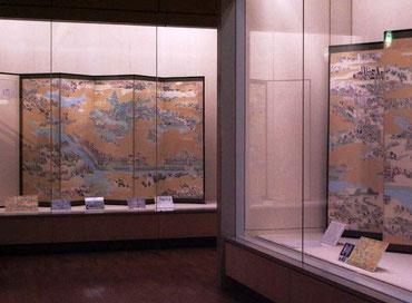 4階展示から「大坂冬の陣図屏風」(肉筆模写)