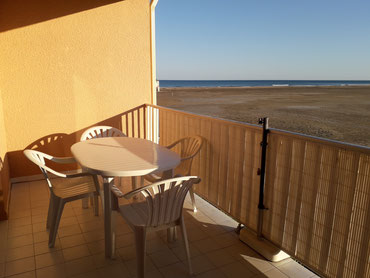 Ferienwohnung in Südfrankreich in Gruissan Les Ayguades - Lage der Wohnung am Sandstrand