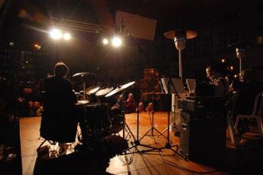 Konzert: auf der Bühne und Backstage
