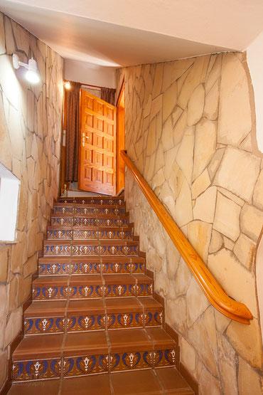 Treppen in den unteren Wohnbereich