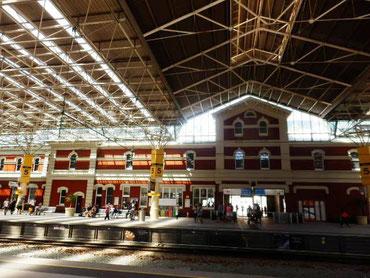 パース駅 トラス工法の屋根
