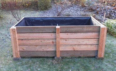 Konstruktion Hochbeete Komposttoilette