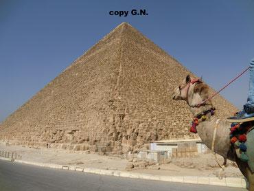 Kairo und seine Pyramiden