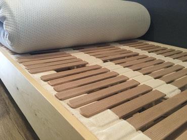 ウッドスプリングベッドとラテックスマットレスの組み合わせ