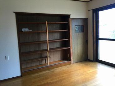 既存の壁内書棚