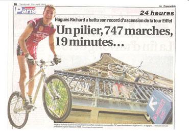 Tour Eiffel 2002 avec un mégamo de 8,9Kgs