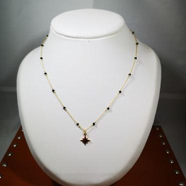 Collier minimaliste plaqué or étoile du nord