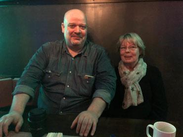 Portal-Insider unter sich: Niels Kreller (besser-im-blick.de) im Gespräch mit Sylvia Karasch (bei-uns-in-neuwulmstorf.de).  Gemeinsame Ideen ...?