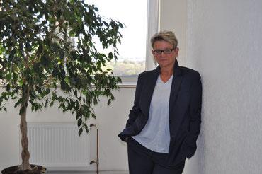 Ulrike Esser-Hasivar