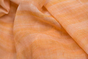 Loop mit orangen Farbverlauf