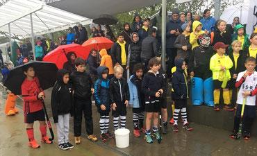 C2 Siegerehrung im strömenden Regen.