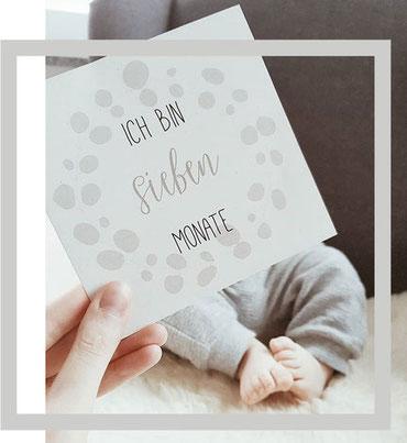 """Baby Meilensteinkarte """"Ich bin sieben Monate"""""""