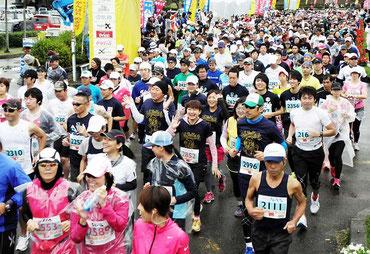 来年開催の石垣島マラソンエントリー人数が決まった(昨年の大会)