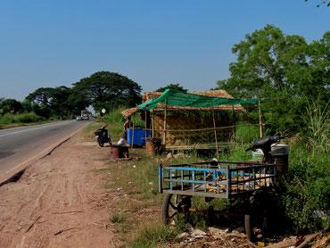 an der Strasse nach Yangon