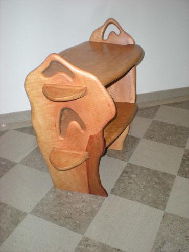 Beistelltisch mit zwei Ebenen aus Birnenholz