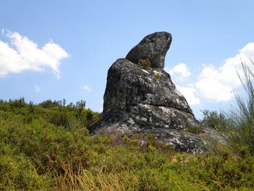 Interessante Felsgebilde im Gebirge