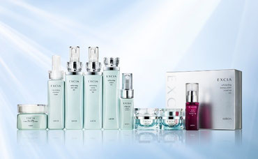 尽きることのない、透明感のあふれる輝きを纏った肌を目指す  エクシア ALの新商品は、全て【2015年4月18日】の発売です。