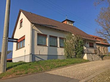 Evangelisches Gemeindehaus in Lüderbach, Pilger- und Wanderherberge