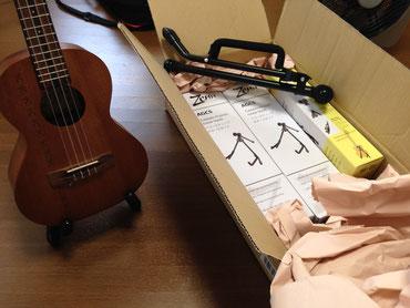 コンパクトなギター・ウクレレ用スタンド