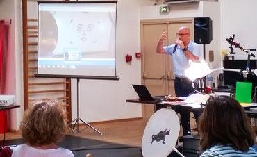 Présentation de Bertrand Schmit de sa pratique des ateliers d'éducation à l'image