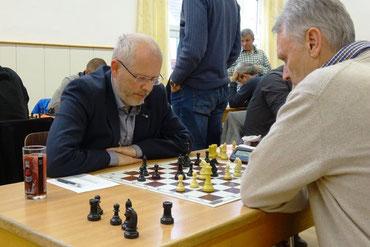 Reinhard Heimberger remisiert gegen Petschar
